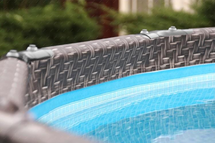 Alza - bazény